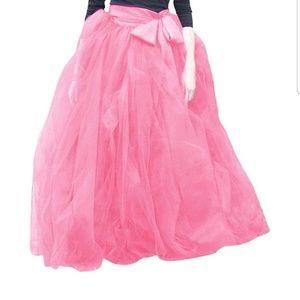 Dresses & Skirts - WOMEN SIZE XXL TULLE GOWN SKIRT... FLOOR LENGTH
